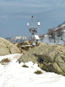 Climatological station in the mountains (Image: Robert van Geldern)